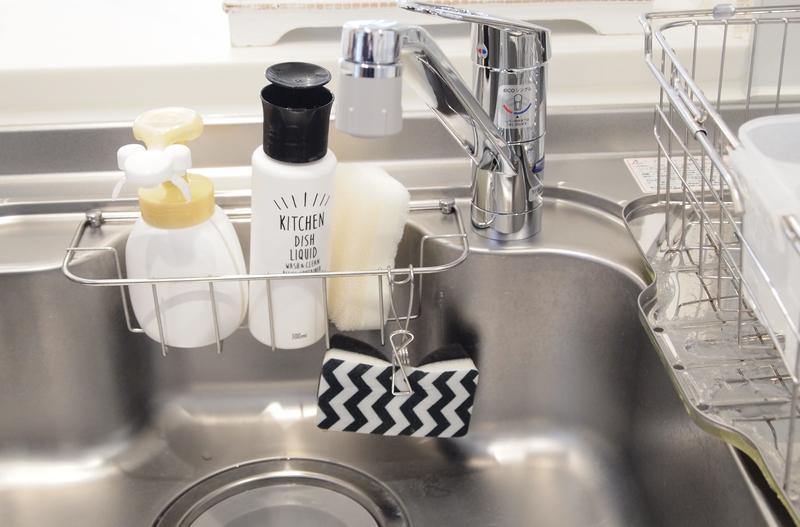 テイストに合わせるためにパッケージを剥がして使用するキッチンアイテム