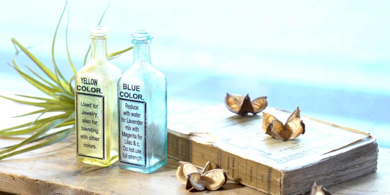 プライマーなしで簡単♬100均の瓶をアンティーク風ボトルにペイントリメイク – Antique paint bottles