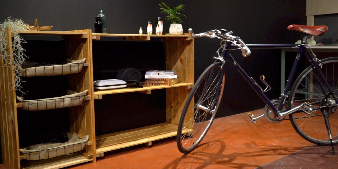 すのこ大活躍!100均のかごとすのこを使って収納棚を作ろう -Shelf DIY