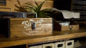 ホームセンターの安価な杉材でオールドアメリカンな工具箱を作ろう!Make a tool box!