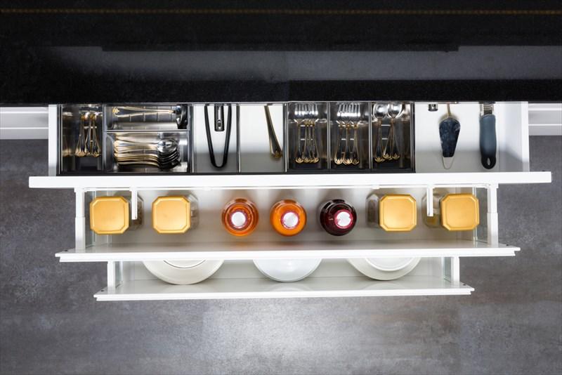 統一されたデザインはキレイなキッチンに見えます