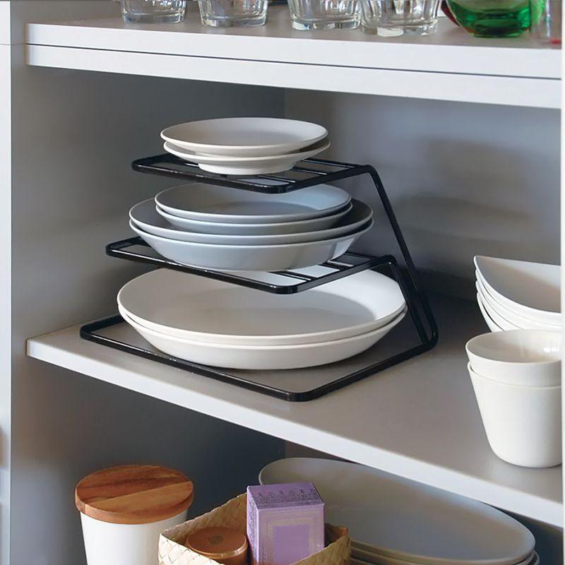 平皿でも縦スペースを有効に活用した収納ができます