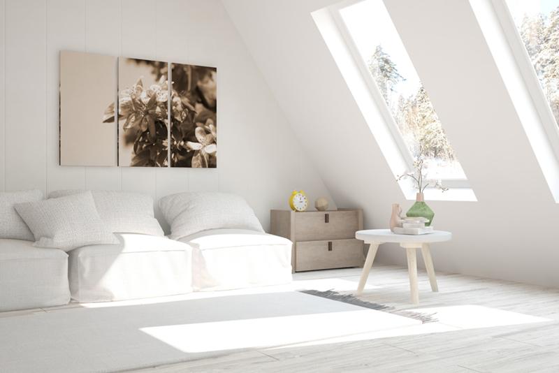白を中心とした明るい印象の部屋