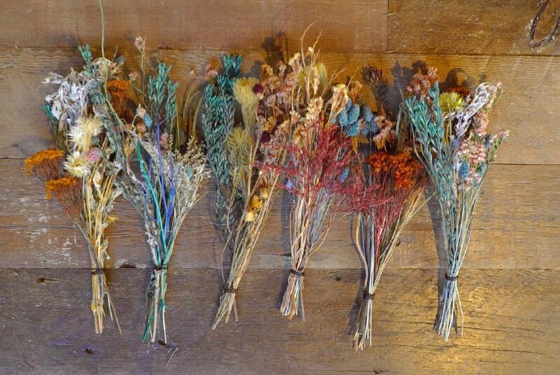 枠組みに付ける花束