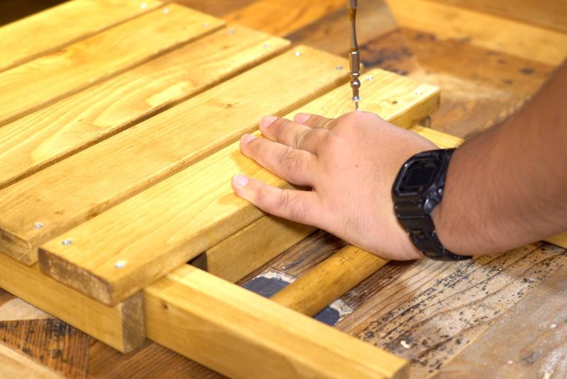 木材を付ける