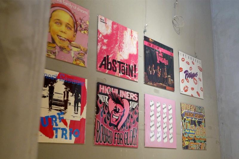 1階のアートギャラリー