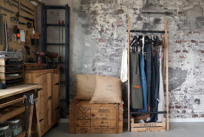 数々のDIY家具が作り出されるアトリエ
