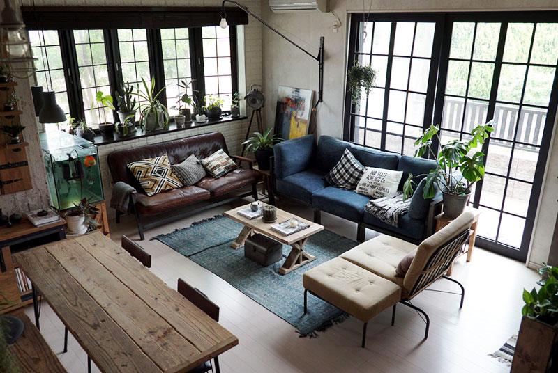 リビングにある家具も、ソファと雑貨以外はほぼDIY。