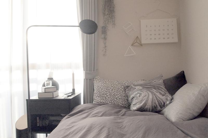 間接照明のベッドライト