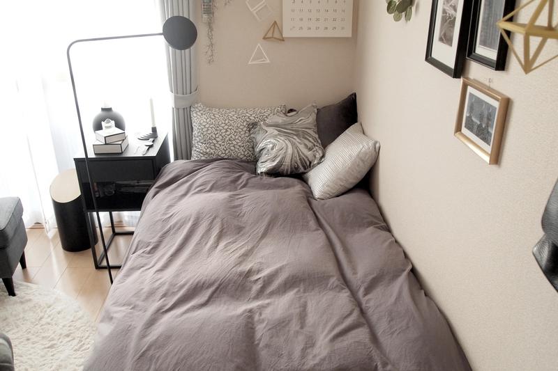 フレームのないタイプのベッド