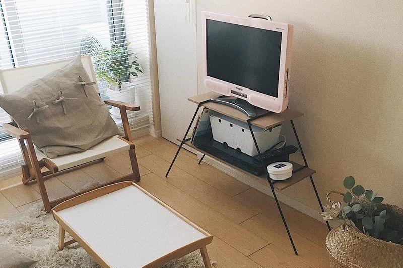 テレビまわりの空間