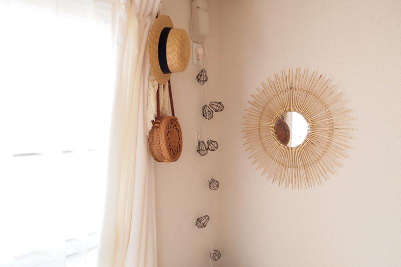 モロッコ独特のデザインの鏡