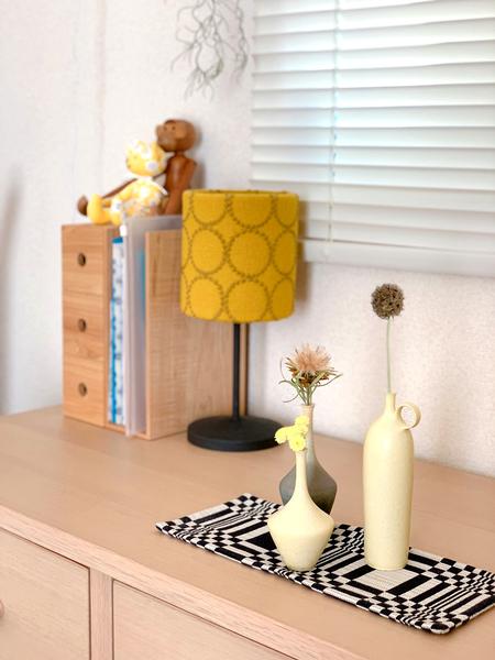 色や形がベストなバランスの花瓶