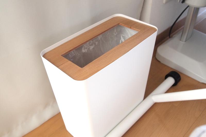 蓋付きのタイプのゴミ箱