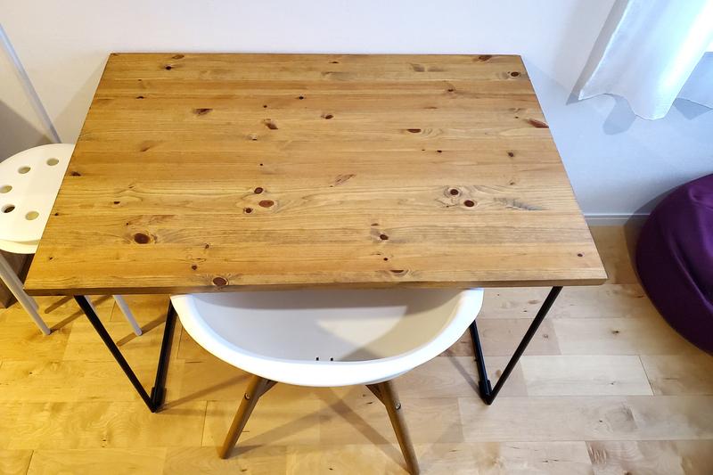 オーダーメイドの木の机