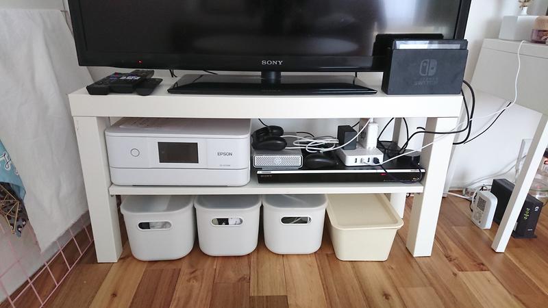 テレビ台下の収納