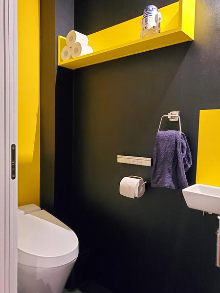 ポップなデザインのトイレ