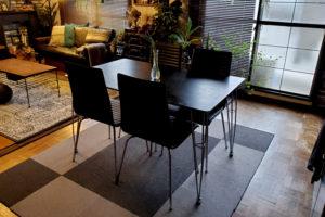 お姉さんからもらったダイニングテーブルと椅子
