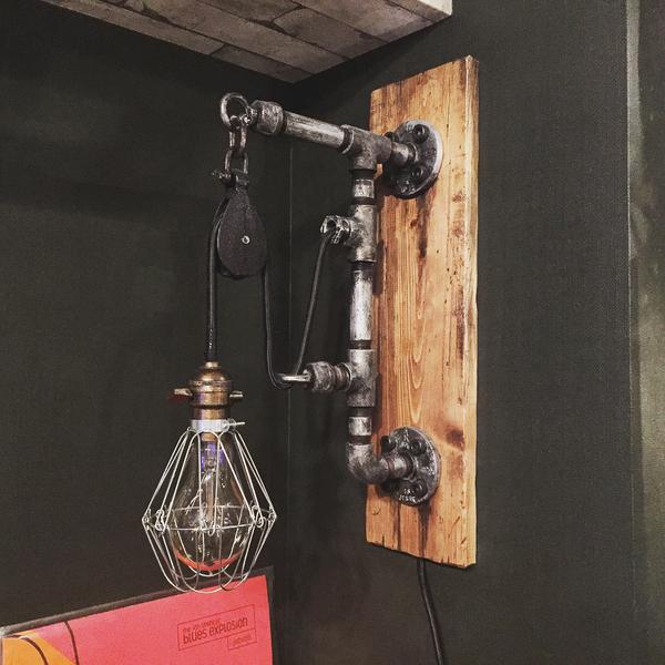 手づくりのガス管照明