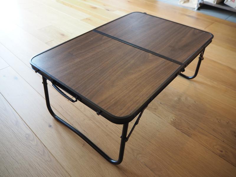 アウトドア用テーブル