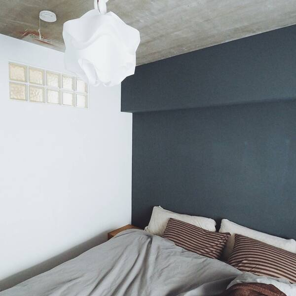 シングルを2つ並べたサイズのベッド