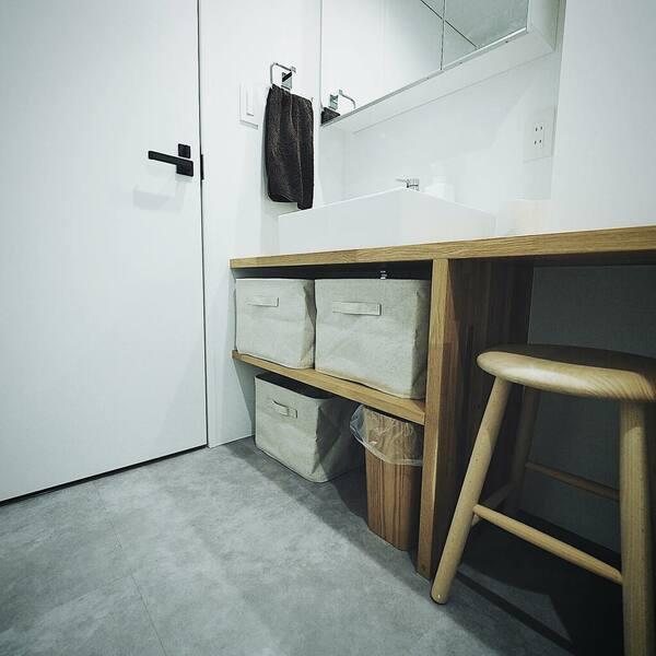 スペースに合わせたサイズの椅子