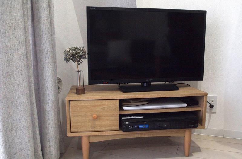 ロータイプのテレビボード