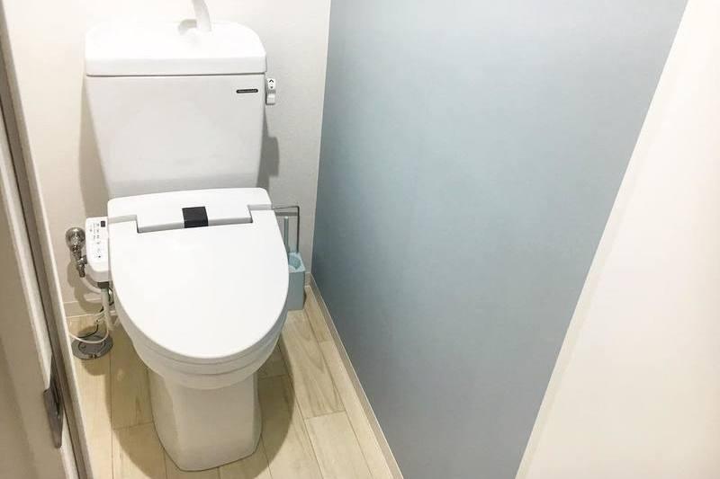 トイレの壁紙をDIY