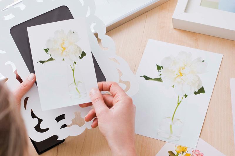 花モチーフのフレームアートで春らしさを