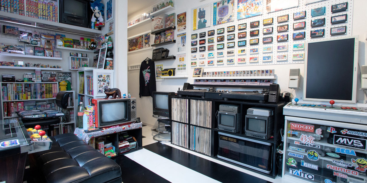 あの人の偏愛部屋 vol.4|800個のソフトと10台のゲーム機がいざなう非日常!ゲーム愛が過ぎる部屋(kazzycomさん)