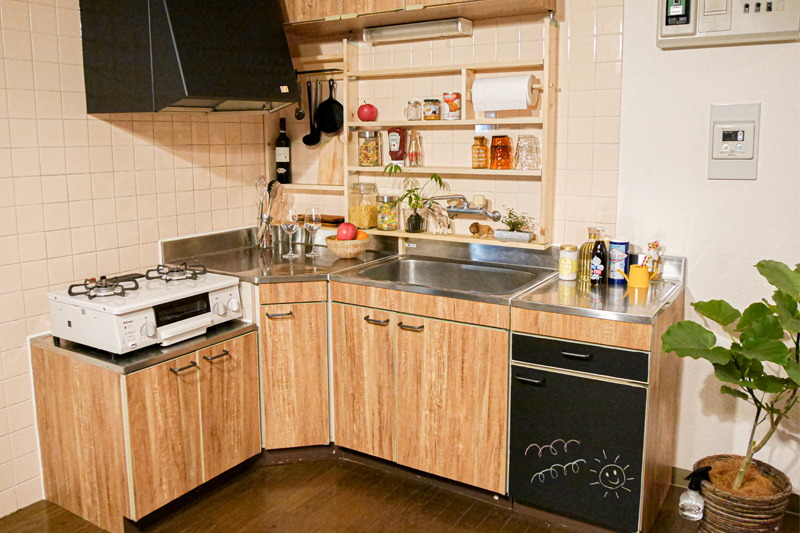 キッチンの壁面収納DIY