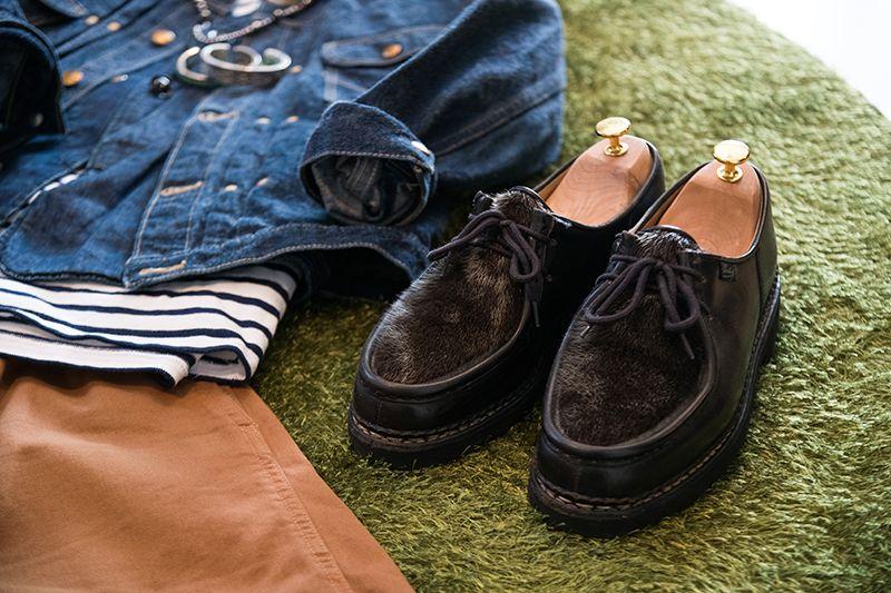 洋服に合わせた靴