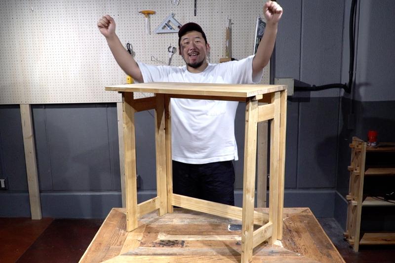 折りたたみテーブル完成