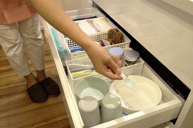 子ども用食器の収納