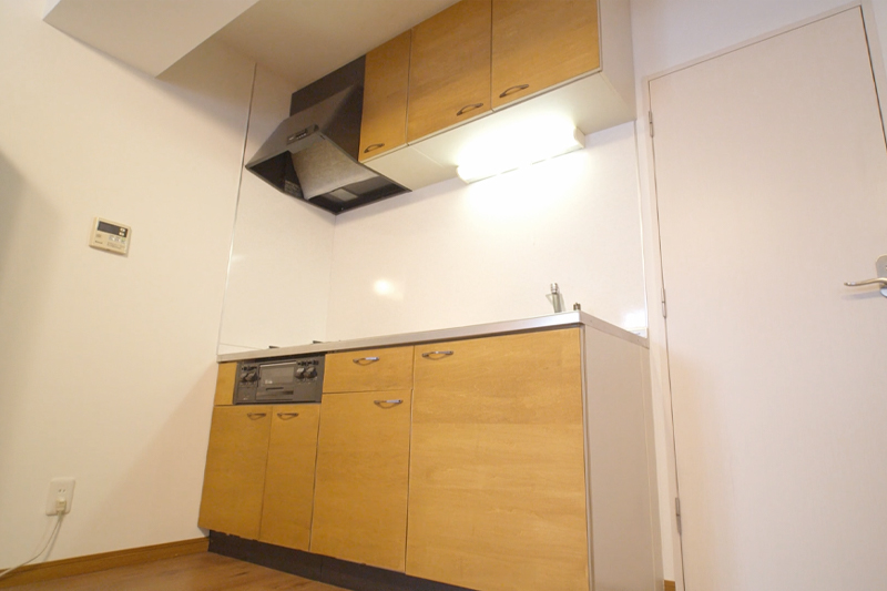 DIY前のキッチンBefore