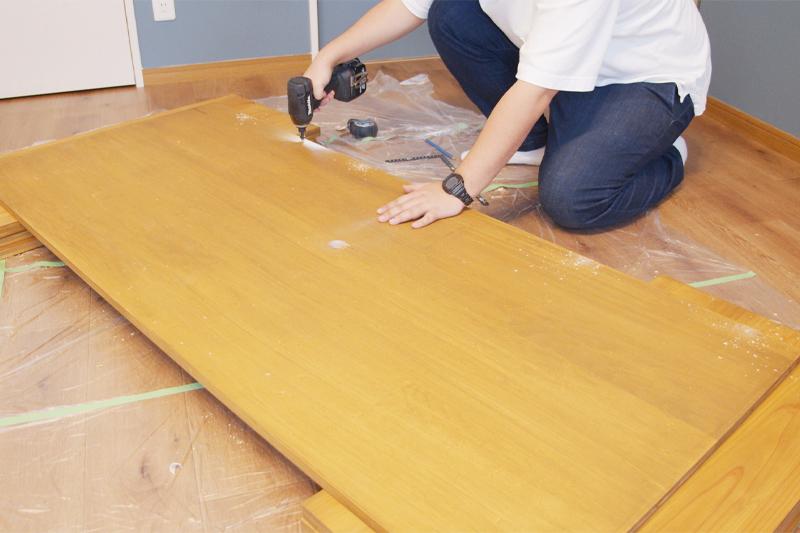 木材にダボ穴を開ける