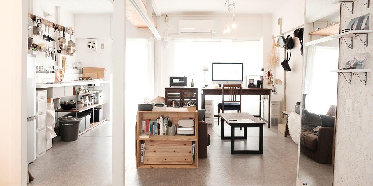 【こだわりの部屋づくりvol.31】白壁と無垢材を生かしたDIY!団地のリノベーション済み物件で叶える理想の部屋づくり(plus9_lifeさん)